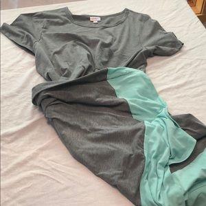 LuLaRoe Dipped Carly Dress